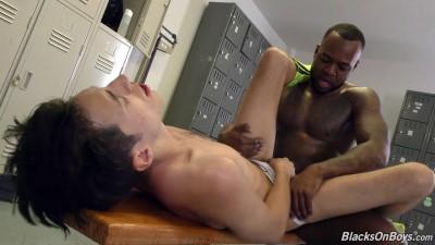 Interracial anal at locker room