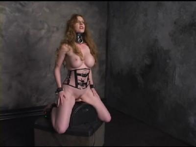 polnostyu-golie-devushki-v-bdsm-porno-foto