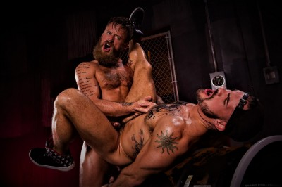 Beards, Bulges & Ballsacks!, Scene #2: Aarin Asker, Hoytt Walker