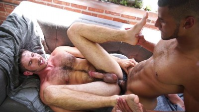 Dominic Santos and Jimmy Fanz get naked and fuck