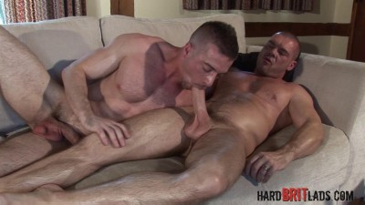Beefy hung muscle daddy Jake fuck big muscle power bottom Scott