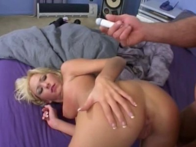Hillary Scott Pleads For Cum In Mouth cover