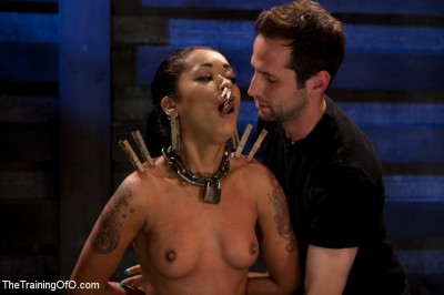 Skin Diamond Live Show - The Final Test of Slave Training ash