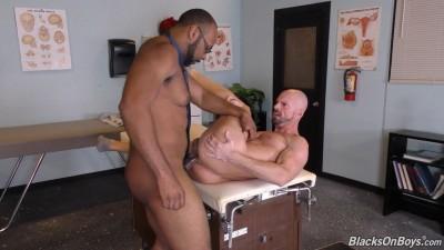 BlackOnBoys - Ray Diesel & Mitch Vaughn