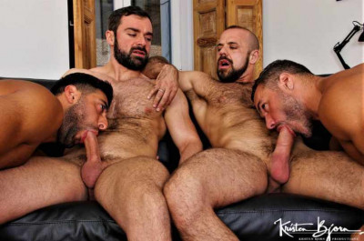 Real Couples In Hot Group Fuck