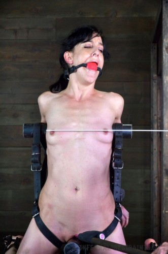 Infernal Restraints - Scream Test Part II - Elise Graves - Nov 22, 2013
