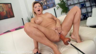 Anna Polina Big Dildo Fucking Machine (2015)