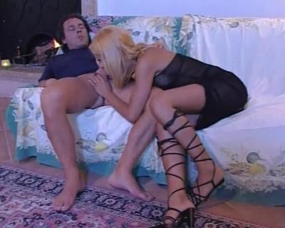She-Male Pleasure - Scene 4 cover