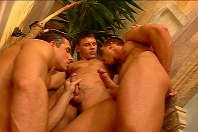 [Pacific Sun Entertainment]  Leslie Manzel Enjoys Sharing His Dick With Two Hung Studs cover