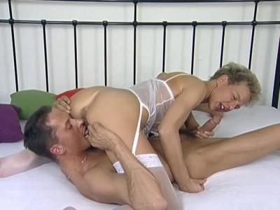 Hot blondie fucks hard