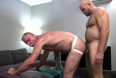 Daddy Ass Stretcher (720p)