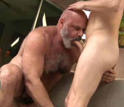 Daddy Bear Bottom