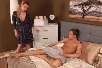 Lucia Fernandez - Big Natural Tits MILF and Neighbour FullHD 1080p