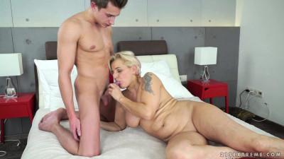 Horny Grandma Gets Banged (1080p)
