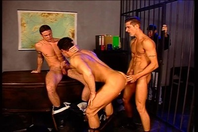 Four Gay Studs Get Each Other Off Together