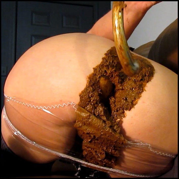 Huge Turd Smash in Plastic Panties_cover